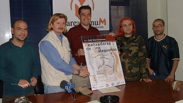 Moreno Bonilla (en el centro), hace trece años, en la presentación de un monográfico sobre cine en Málaga