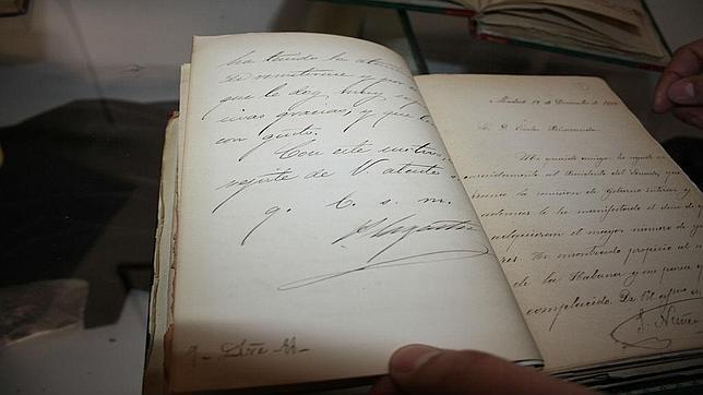 Manuscritos de Bécquer y Campoamor expuestos en Andújar