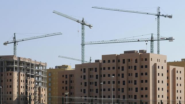 La junta de andaluc a aspira a crear empleos con su decreto de la construcci n - Pisos de la junta de andalucia ...