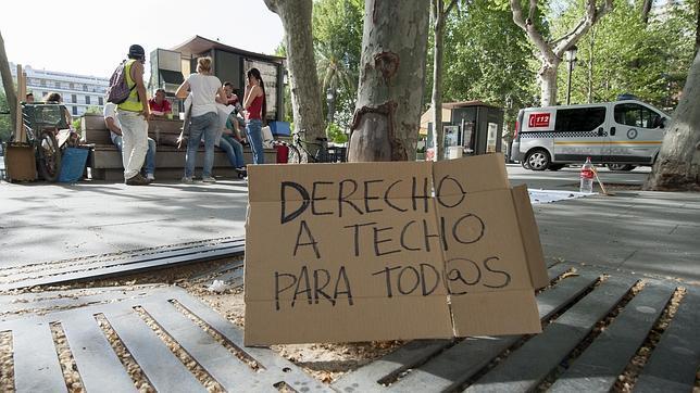 El Ayuntamiento de Sevilla asegura que solo dos familias de la Corrala Utopía tienen derecho a vivienda social