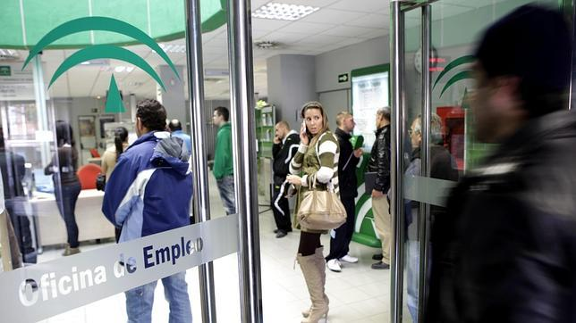La junta s lo oferta 70 cursos a parados en toda andaluc a for Oficina virtual de empleo sevilla