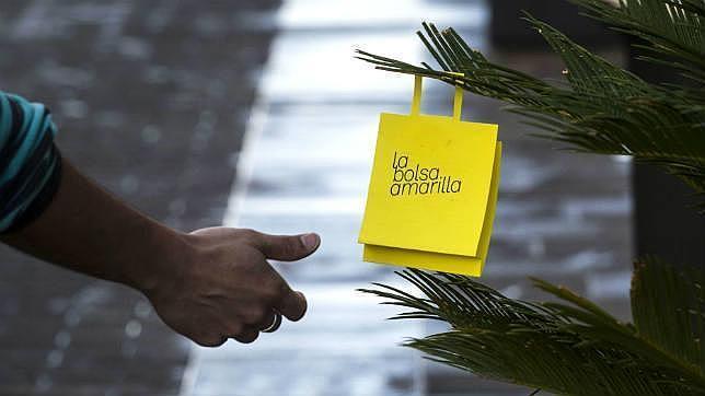 Una bolsa amarilla para promover la lectura