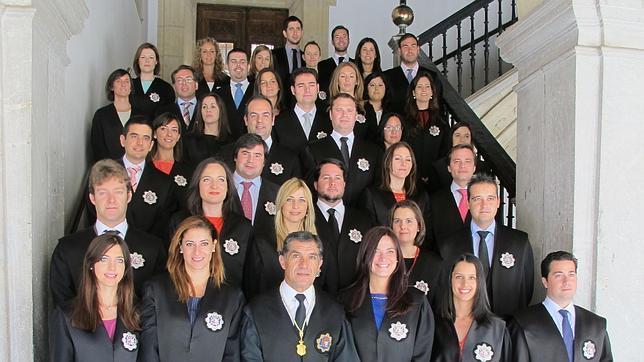 Andaluc a cuenta con 38 nuevos jueces de refuerzo for Juzgados viapol sevilla