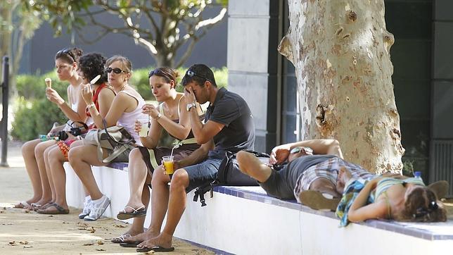 Alerta por calor: los termómetros se disparan en Sevilla