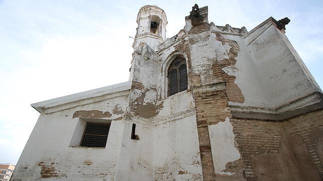 La iglesia del hospital de san l zaro sigue en riesgo for Registro de bienes muebles de sevilla
