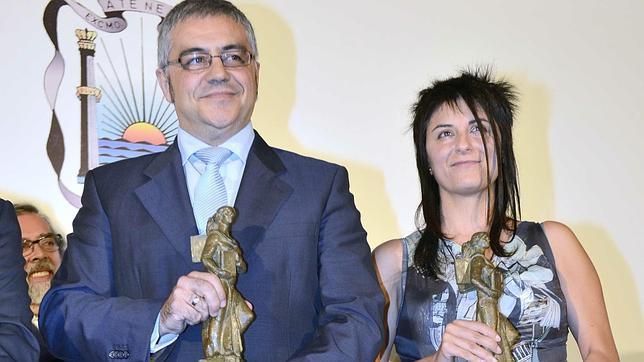 Félix G.Modroño y Mado Martínez ganan los Premios Ateneo de Novela