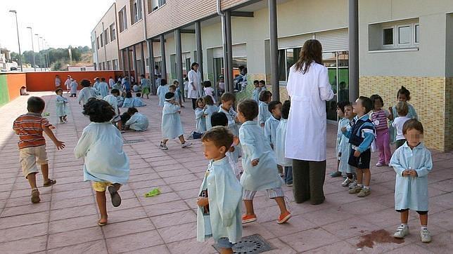 La Junta recorta 830 profesores en Andalucía en el próximo curso