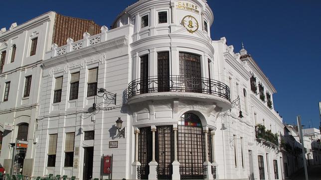 Las joyas arquitectónicas de Aníbal González en la Sierra de Huelva