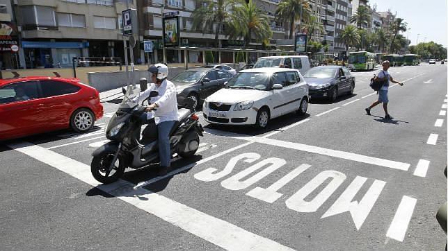 Unas zonas especiales protegerán a las motos en los semáforos