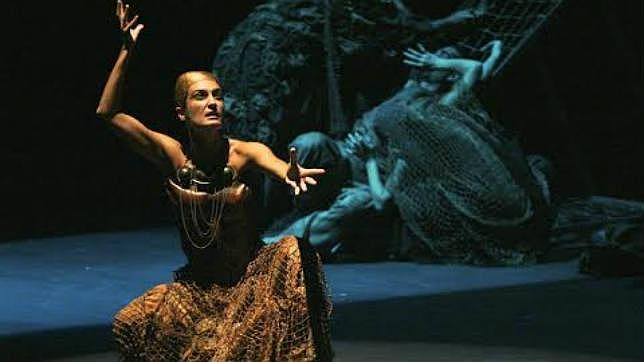 El escenario del Teatro Romano de Málaga recupera a los clásicos