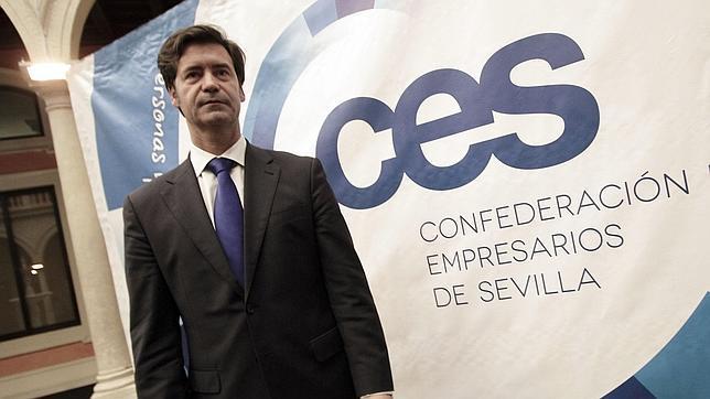 El presidente de la CES, Miguel Rus, alerta del posible colapo del servicio de autobús en el área metropolitana de Sevilla