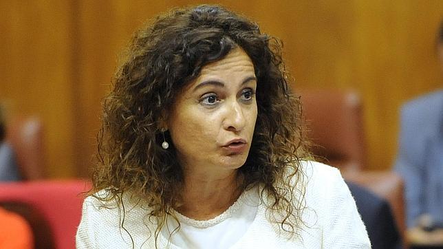 La consejera de Hacienda, María Jesús Montero, este jueves en el Parlamento andaluz