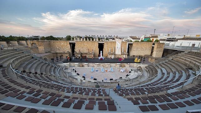 El antiguo teatro romano de Itálica ha sido recientemente rehabilitado