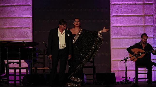 Marina Heredia y su padre, Jaime el Parrón, anoche en el Alcázar
