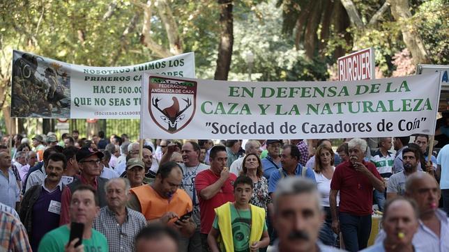 Manifestación de cazadores andaluces en Sevilla