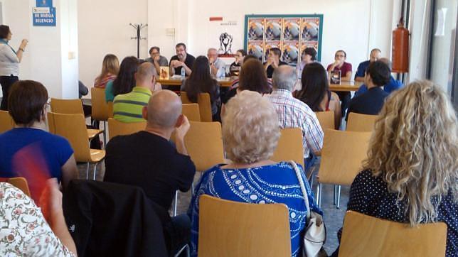 Asistentes durante una conferencia del Encuentro de Literatura Fantástica