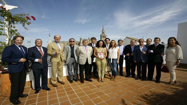 Imprescindibles de la tapa y el vino de Jerez en Sevilla