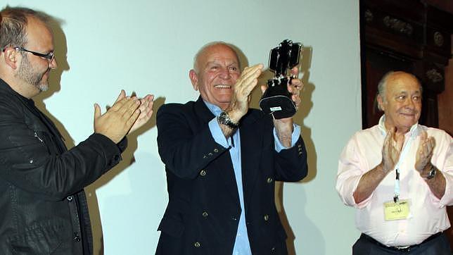 Enzo G. Castellari, al recibir el Premio Honorífico AWFF