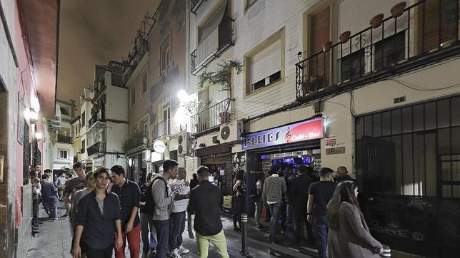 Sevilla se levanta contra el ruido