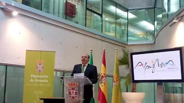 El presidente de Diputación, Sebastián Pérez, durante su comparecencia esta mañana