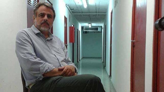 El poeta gaditano Javier Sánchez