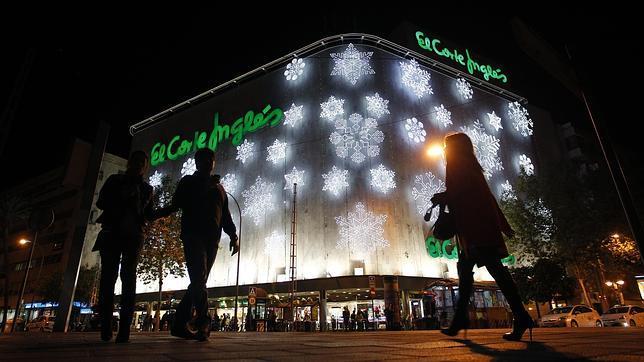 Primeras Senales De Navidad En Cordoba - Iluminacion-el-corte-ingles