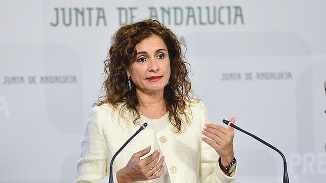 La Junta defiende la subida de sueldos a los altos cargos «para equipararlos a los funcionarios»