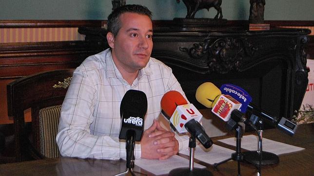 El Ayuntamiento de Utrera denuncia incumplimientos de la Junta en los planes de empleo