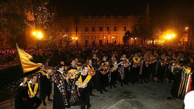 ¿Desde cuándo y por qué cantan las tunas a la Inmaculada en Sevilla?
