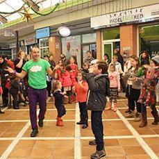 Los espectáculos infantiles toman las calles - abcdesevilla.es