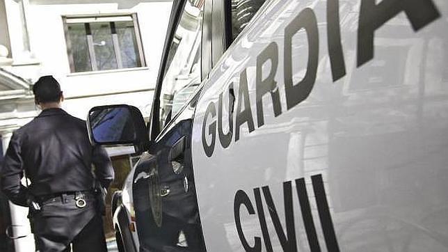 Dos detenidos y un imputado por robos en urbanización de Almensilla