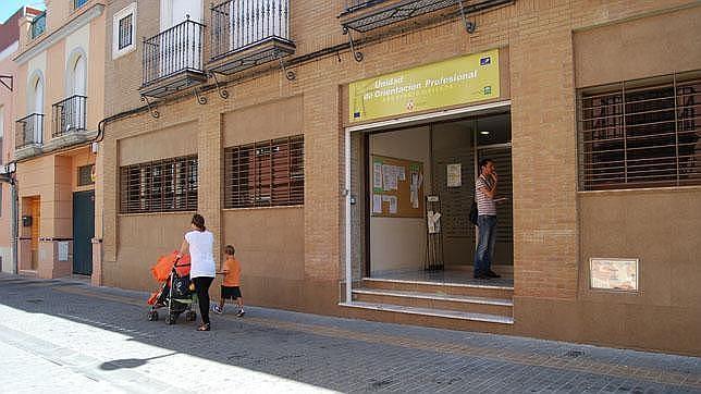 Vuelven a abrir las oficinas de andaluc a orienta en dos for Oficina electronica dos hermanas