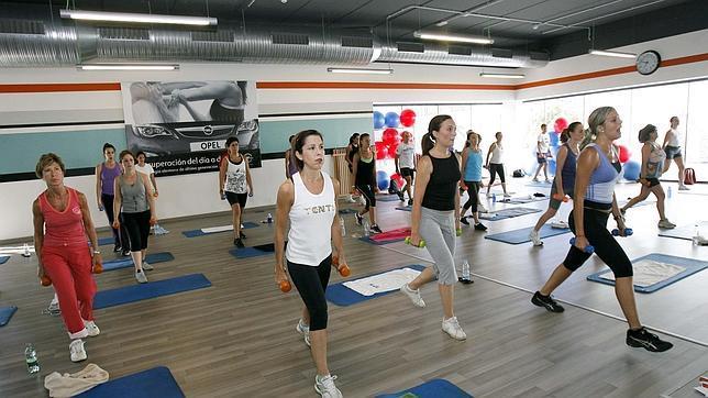 Sala de fitness en las instalaciones de Go Fit