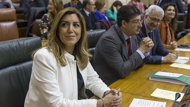 Susana Díaz, junto a Diego Valderas en el Pleno de este lunes