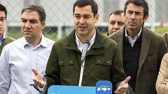 Moreno Bonilla, en un acto del partido junto al presidente del PP malagueño