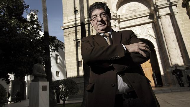 El exvicepresidente Diego Valderas se retira de la primera línea política