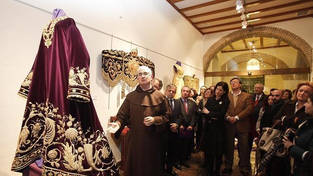 El Caído inaugura una muestra con piezas inéditas de varias cofradías andaluzas