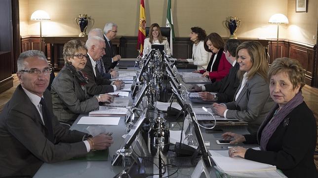 Subvenciones exprés: La Junta de Andalucía reparte 74 millones de euros en solo ocho horas