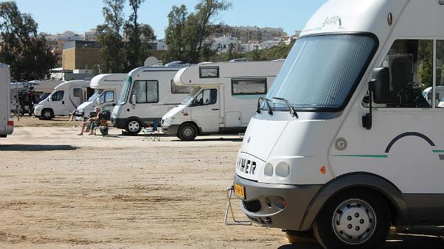 Mijas «aparca» las autocaravanas