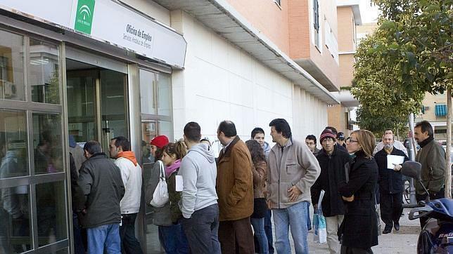 Ja n aporta el noventa por ciento de la subida del paro en for Oficina de desempleo malaga
