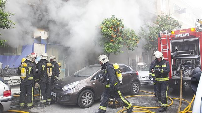 El bazar chino incendiado no ten a permiso para estar abierto for Bazar en cordoba