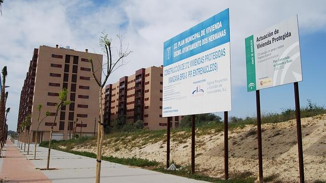 La junta no paga desde 2010 ayudas por compra de vivienda protegida - Pisos vpo dos hermanas ...