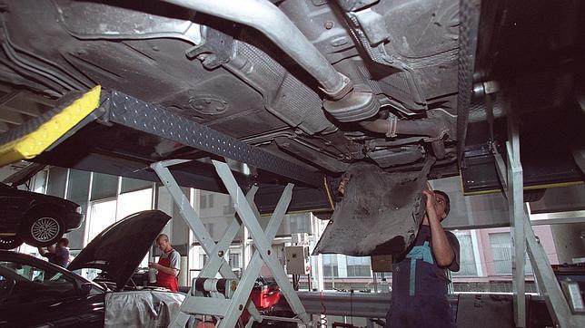 Sevilla concentra más de un 30% de los talleres ilegales de vehículos de Andalucía