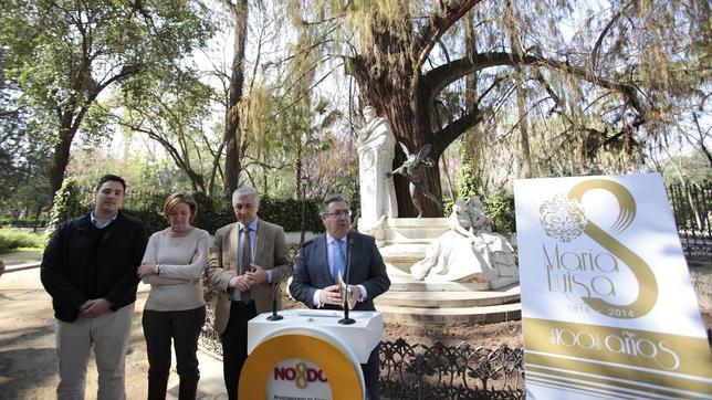 Zoido el alcalde podas for Mantenimiento de parques y jardines