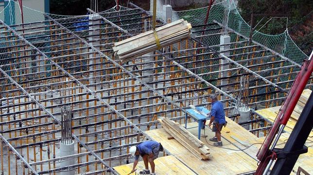 Las grandes constructoras logran un beneficio de 447 6 - Constructoras en sevilla ...