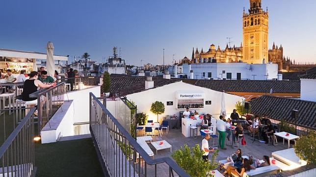Vista general de la terraza del Hotel Fontecruz