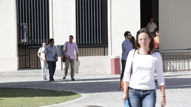 Las mujeres víctimas de violencia de género tendrán acceso gratuito a la universidad en Andalucía