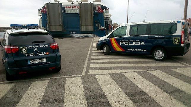 La Policía vigila un embarque en Tarifa