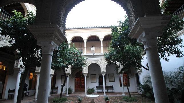 Disfrutando las mejores casas palacio de sevilla - La casa de los uniformes sevilla ...