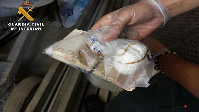 La Guardia Civil interviene 41 gramos de cocaína y detiene a una persona